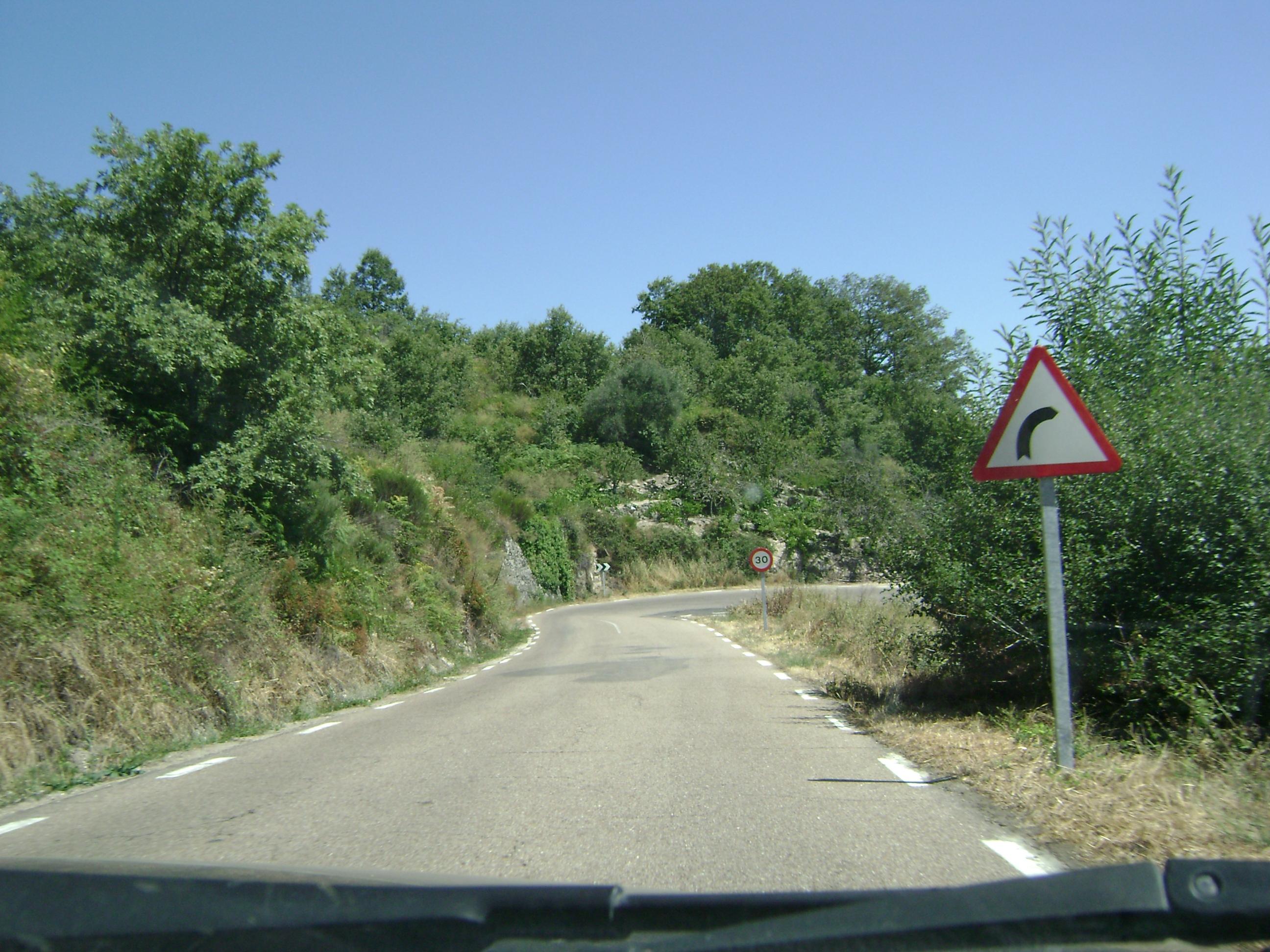 Carretera de La Alberca-Mogarraz, viaje por las hurde